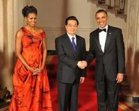Obama hosts state dinner in honor of Hu