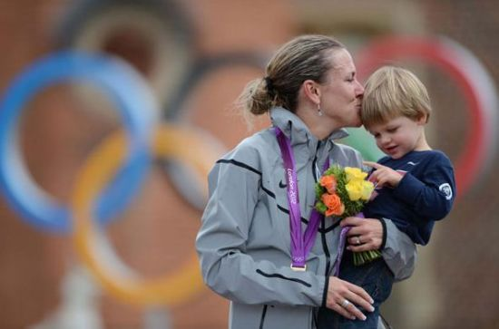 She was born in Memphis, Tennessee, on Aug 11, 1973. Kristin got her second Olympic cycling gold in women's time trial in London. This is her third time to be part of the Olympics. [Photo/Xinhua]