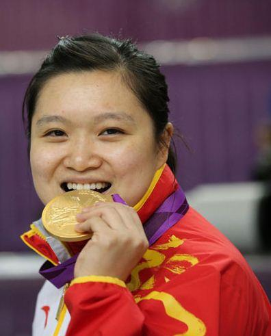 She was born in Xi'an, Shaanxi province, on June 22, 1984. She won gold in the women's 10 meter air pistol at the 2008 and 2012 Olympics. [Photo/Xinhua]