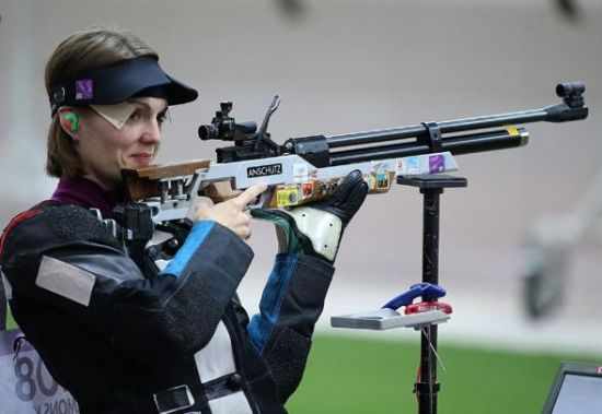 She was born in Plzen of Czech Republic, on Nov 17, 1983. Named the 2008 International Shooter of the Year, Katerina has attended the Olympics for three times. [Photo/Xinhua]