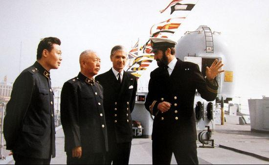 Former commander-in-chief of PLAN, Liu Huaqing (L2) (File photo)
