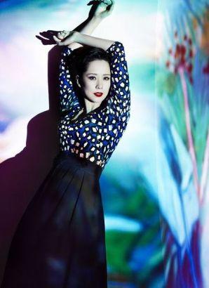 Christina Huang's new photos: as elegant as a queen ...