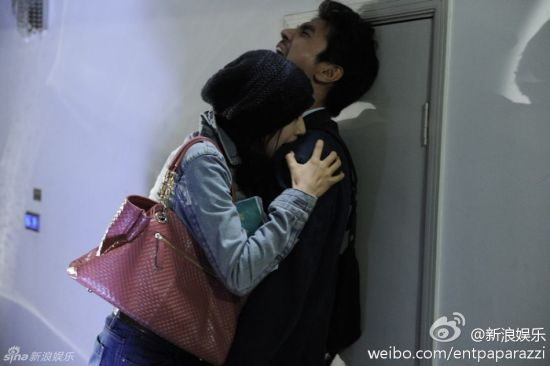 Gao Yuanyuan and Mark Zhao in the movie Caught in the Web