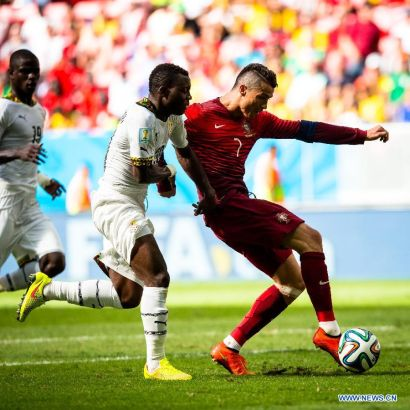 Portugal's Cristiano Ronaldo controls the ball during a Group G match between Portugal and Ghana of 2014 FIFA World Cup at the Estadio Nacional Stadium in Brasilia, Brazil, June 26, 2014.Portugal won 2-1 over Ghana on Thursday. (Xinhua/Liu Bin)