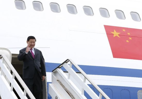 """China's """"Air Force One"""", or president Xi Jinping's special plane, is eight Boeing 747- 400 planes with a registration number of B-2472.President Xi walked out of his special plane after arriving at Foretaleza, Brazil on July, 14 2014."""