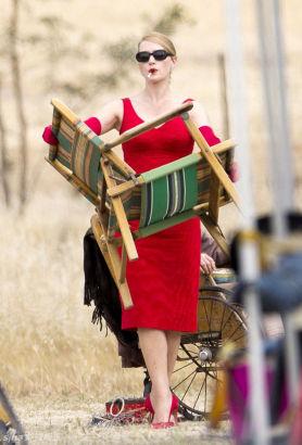 "Kate Winslet at the set of movie ""The Dressmaker"""