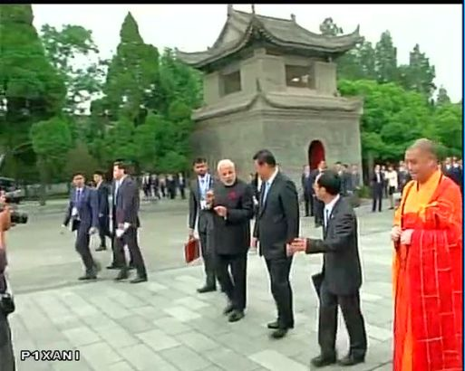 Chinese President Xi Jinping and Indian PM Narendra Modi are