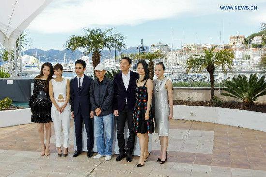 (From left to right) cast members Shu Qi, Hsieh Hsin-Ying, Tsumabuki Satoshi, director Hou Hsiao-Hsien, cast members Chang Chen, Zhou Yun and Sheu Fang-Yi pose for photos for the film
