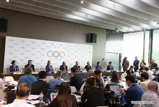 A general view shows the China Beijing 2022 Winter Olympics bid delegation groups at the press conference after presentation of Beijing Candidate City's bid for the 2022 Winter Olympic games, at the IOC Museum in Lausanne, Switzerland, on June 9, 2015. (Xinhua/Xu Jinquan)
