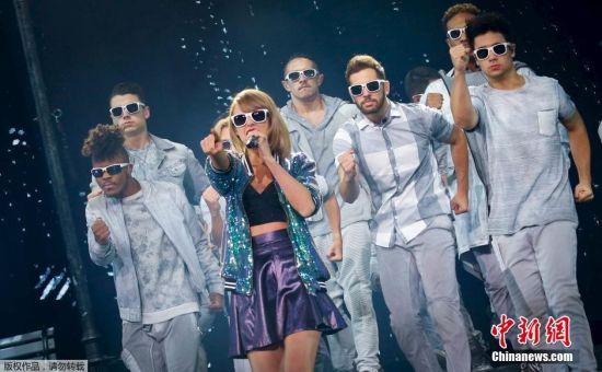 Taylor Swift Brings 1989 World Tour To Shanghai Entertainment News Sina English