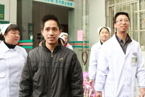 The patient(L2), a 34-year-old man from Ganxian county in Jiangxi Province, developed a fever, headache and dizziness on January 28 in Venezuela, before returning to his hometown on February 5 via Hong Kong and Shenzhen.