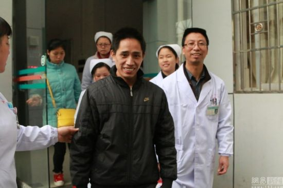 The patient (L2), a 34-year-old man from Ganxian county in Jiangxi Province, developed a fever, headache and dizziness on January 28 in Venezuela, before returning to his hometown on February 5 via Hong Kong and Shenzhen.