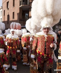 Funny 'Gillle' dress at Binche Carnival