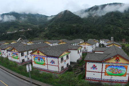 Survivors of Wenchuan earthquake resume daily life