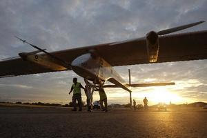 Solar Impulse arrives in Paris for air show debut