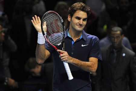 Sublime Federer thrashes Nadal in London