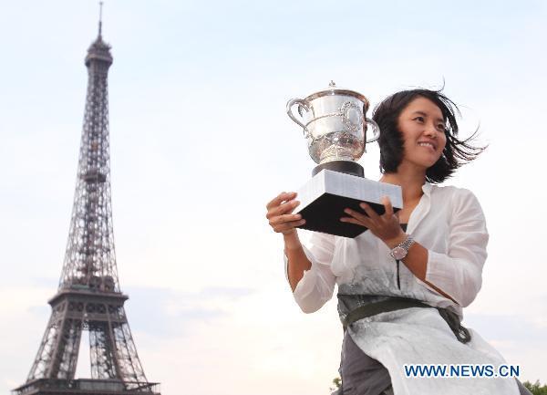 Li Na wins French Open