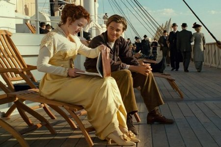 3-D release steers 'Titanic' past US$2 billion mark