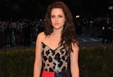 Kristen Stewart rocks high fashion without Pattinson
