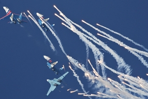 Russian Knights aerobatic team performs in China