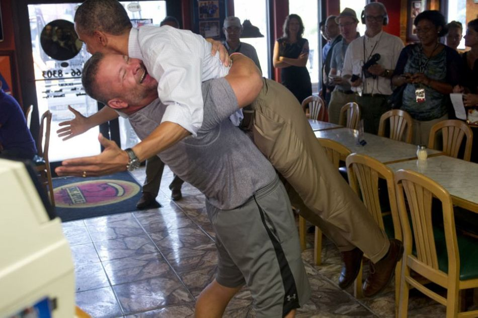 Fort Pierce pizza man hugging Obama