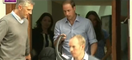 Prince William drive Kate and baby home
